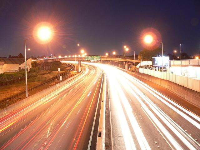 Kromě vhodné autožárovky H7 Osram dbejte i na seřízení a čistotu světlometů